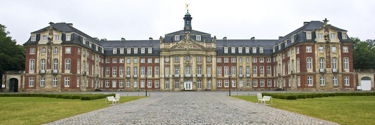 Schloss_Muenster959x329_1.jpg